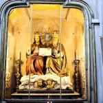 Gruppo ligneo processionale raffigurante la S.S. Trinità . Copia tardo-ottocentesca della rappresentazione originale del primo ' 700 , conservata al Museo Diocesano.