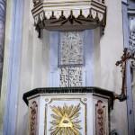 Pulpito Ligneo con dorature e stucchi : opera del minusiere torinese Andrea Stroppiana - Prima metà del ' 700.